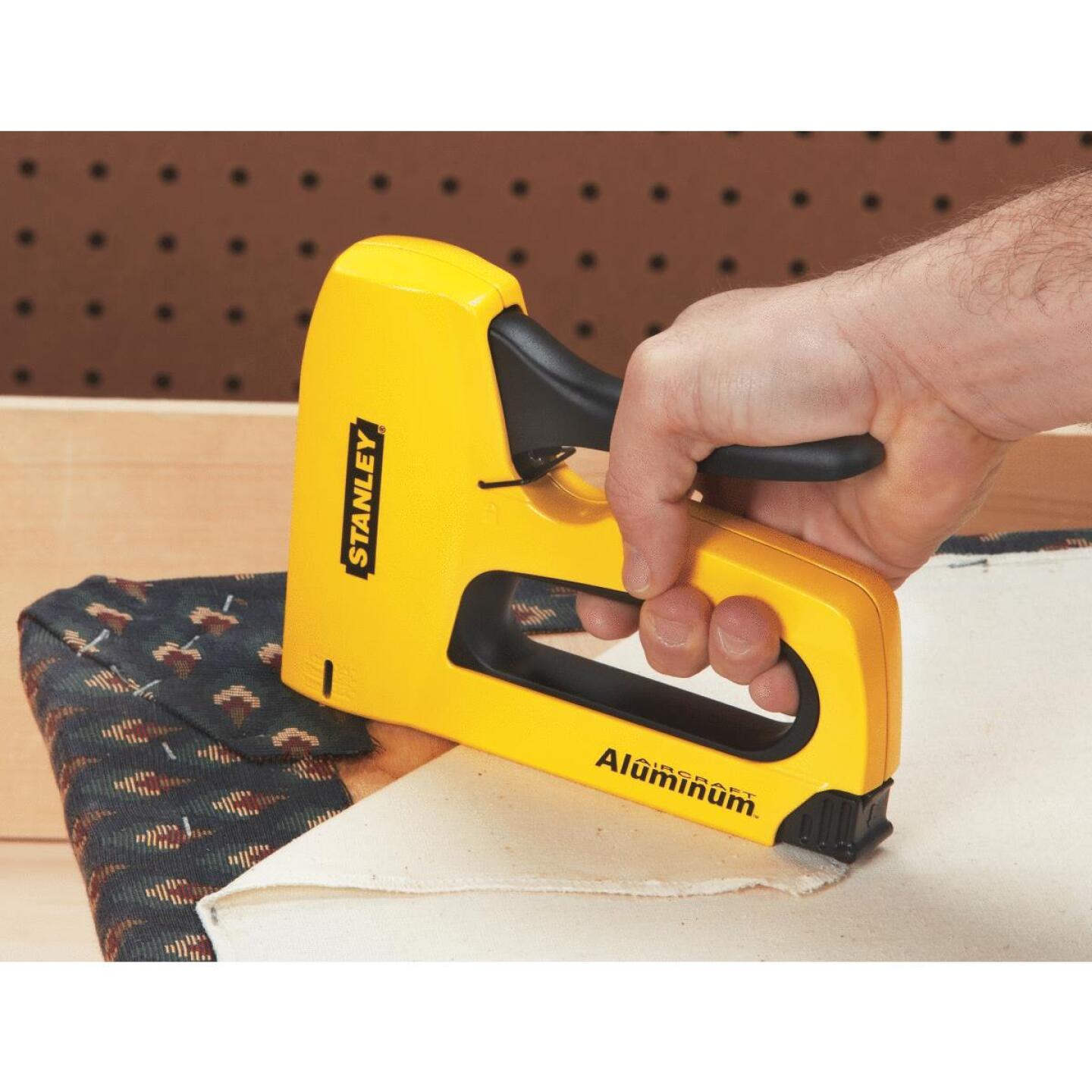 Stanley SharpShooter High-Visibility Heavy-Duty Staple Gun Image 2