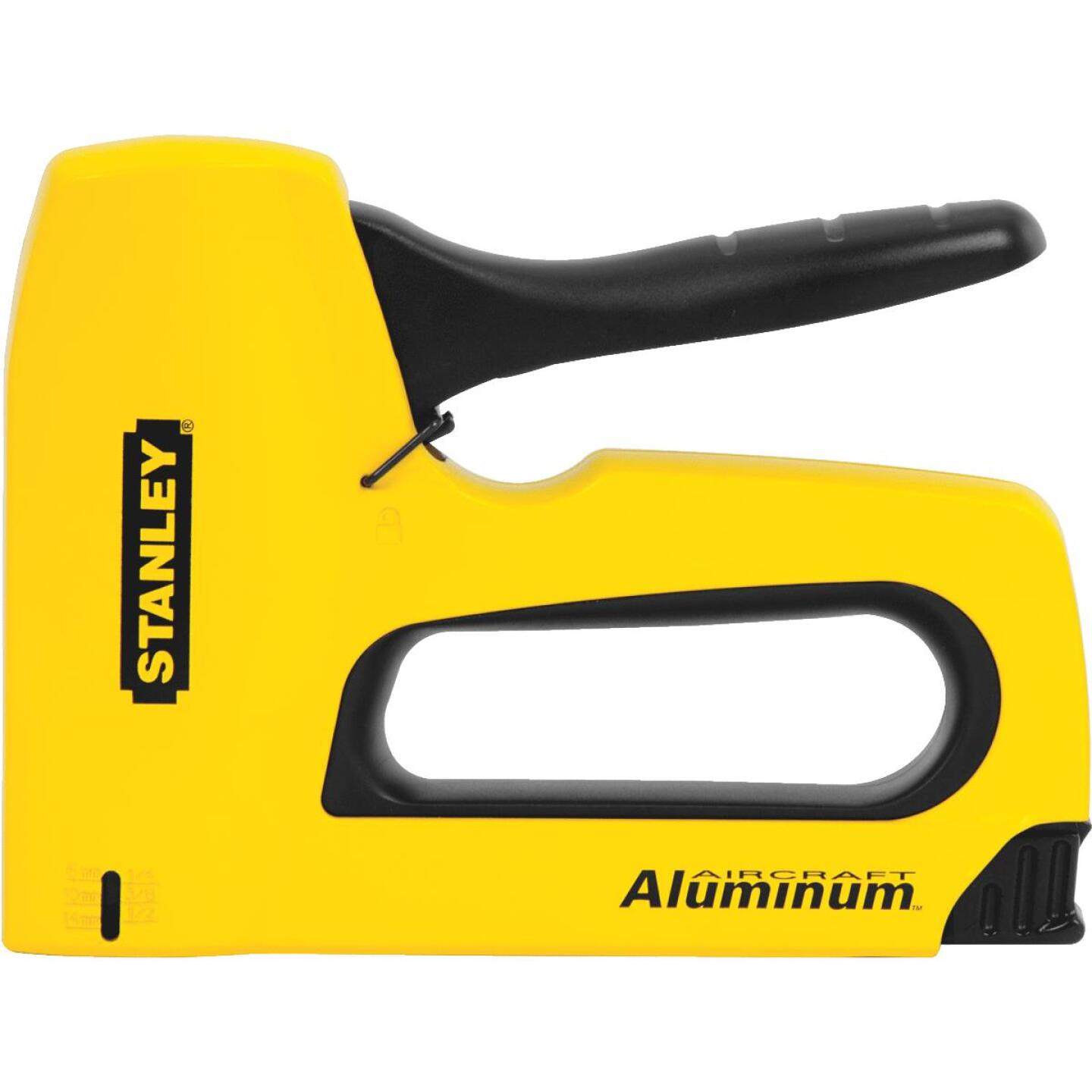 Stanley SharpShooter High-Visibility Heavy-Duty Staple Gun Image 3